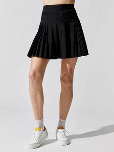 Guys In Skirts, Cheer Skirts, Black Pleated Skirt, Modern Man, Bra Sizes, Women's Leggings, Athleisure, Dress Skirt, High Fashion