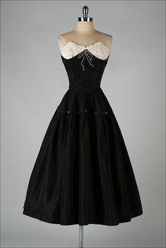 vintage 1950s dress . EMMA DOMB . black door millstreetvintage