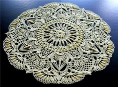 A stunning doily to make. Graph but from foreign site