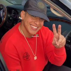 Daddy Yankee, Dado, Baseball Hats, Wallpaper, Baseball Caps, Wallpapers, Caps Hats, Baseball Cap, Snapback Hats
