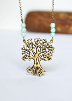 Forest Tree Necklace, Tree Pendant Folk Necklace, Mint Glass Beads and Chain, Mystic Tree with Mint Beads, Canadian Jewelry Colar Fashion, Fashion Necklace, Fashion Jewelry, Diy Jewelry, Jewelry Box, Jewelry Accessories, Jewelry Making, Pandora Jewelry, Gold Jewelry