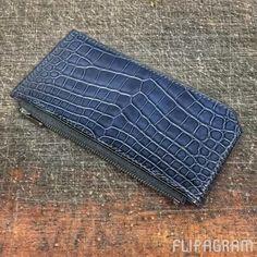 Custom order zip wallet in black goat and blue matte alligator #Christmas #presents #holiday #leatherwork #saddlestitched
