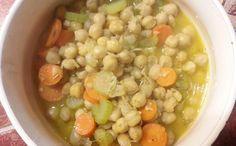 #zuppa di #ceci #carota #sedano e #curcuma #lunedivegano