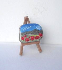 Hand Painted Stone Poppy Field Stone .River rock par LadyBugCo