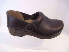 Womens DANSKO Brown Leather Clogs Shoes Size 41 Excellent #Dansko #Clogs #Casual