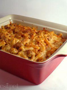 egycsipet: Húsgombócos tészta Penne, Pasta, Meat Recipes, Recipies, Hungarian Recipes, Hungarian Food, Ravioli, Macaroni And Cheese, Crockpot