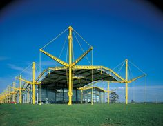 Norman Foster Renault  #Foster #Norman Pinned by www.modlar.com