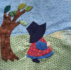 Aprile. Sunbonnet Sue by mariateresa.patchwork, via Flickr