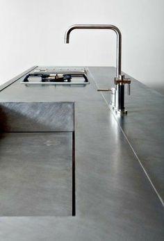 Choosing a New Kitchen Sink If You Are Kitchen Remodeling Minimal Kitchen Design, Best Kitchen Design, Best Kitchen Sinks, Kitchen Taps, Stainless Steel Kitchen, Minimalist Kitchen, New Kitchen, Kitchen Island, Kitchen Surface