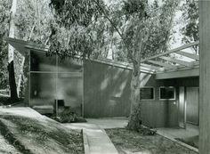 Case Study House No.10, Pasadena CA (1947)   Architect : Kemper Nomland and Kemper Nomland Jr.