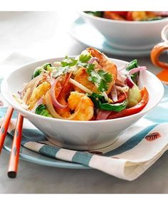 More delicious stir fry recipes here - http://dropdeadgorgeousdaily.com/2014/03/skinny-bang-bang-shrimp-recipe/