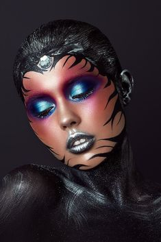 MUA - Natalya Zubok - - Hobbies paining body for kids and adult Alien Face Paint, Adult Face Painting, Maquillage Halloween, Halloween Makeup, Tribal Makeup, Make Up Art, Fx Makeup, Fantasy Makeup, Creative Makeup
