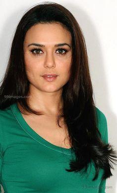 Preity Zinta Beautiful HD Photoshoot Stills & Mobile Wallpapers HD Hd Wallpapers For Mobile, Mobile Wallpaper, Hd Photos, Cover Photos, Pretty Zinta, Sonakshi Sinha, Hd Images, Beauty Queens, Hd 1080p