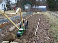 Fred used the Hoss Seeder and Double Wheel Hoe to plant his carrots.