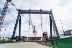 Remontowa Shipbuilding zwiększa moce produkcyjne; Remontowa holding, Remontowa shipbuilding, stocznia, nowa suwnica, bramownica