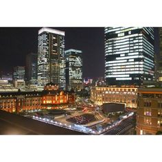 Instagram【pasyagallery04】さんの写真をピンしています。 《* * Tokyo city midnight.  最近は、夜の街に三脚とカメラを持って写真を取りに行く日々。 夜の撮影会も楽しい😊 でも、難しい、、、😓 * * #写真好きな人と繋がりたい #カメラ好きな人と繋がりたい #ファインダー越しの私の世界 #Canon #EOSkissX7 #一眼レフ #photography #instagood #夜景 #東京駅 #tokyostation》
