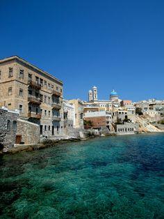 Ermoupoli - Syros - Greece (von Bernard-G) Syros Greece, Empire Ottoman, Greek Beauty, Cheap Hotels, Greek Islands, Island Life, Best Hotels, Beautiful Places, Paisajes