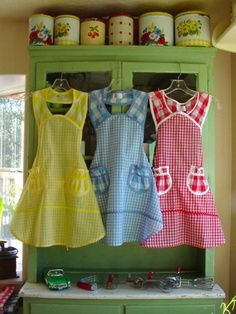 gingham aprons. Love the design  One for Alison, one for Mecah and one for Kathy.  :)