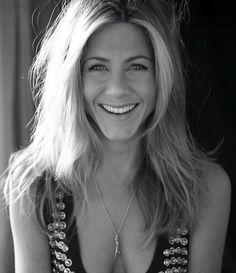 """7,284 Likes, 47 Comments - Jennifer Aniston (@jennn.aniston) on Instagram: """"Beauty #jenniferaniston"""""""