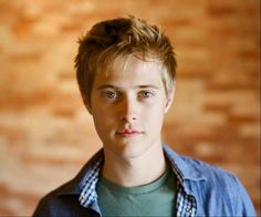 lucas grabeel he from hsm and now sab