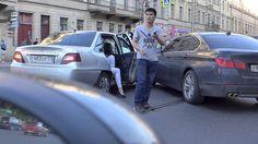 Тонированый BMW 5 Series пошел на разворот на Литейном не заметив ехавши...
