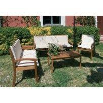 """Set salotto mod. """"Guntur"""" in legno massello Balau composto da due divanetti, una poltrona con cuscini e un tavolino."""