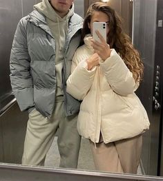 Winter Fashion Outfits, Look Fashion, Classy Outfits, Chic Outfits, Cute Poses, Young Love, Couple Aesthetic, Couple Outfits, Cute Relationship Goals