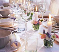 Kerzen treffen auf Blumen - Tischdeko mit Kerzen 4