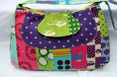 Free pattern and video tutorial for striped patchwork Fylerion bag