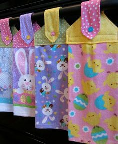 .Spring Hanging Towels.... With link to towel tutorial !... i am also posting the link because it is a little hard to see... Enjoy ! simplydiy2.blogsp... P.S. I posted it this way so you could see just how cute the Easter version is !