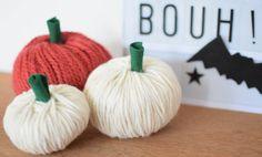 Petites citrouilles en laine.  DIY Halloween ou automne.  Bricolage facile à faire avec des enfants.