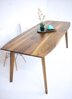 Santa Monica: Mid Century Modern Walnut Dining Table – Moderncre8ve