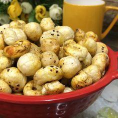 Phool Makhana Namkeen ( Roatsed Lotus Seeds or Foxnuts Snack) - Healthy Snack Recipe