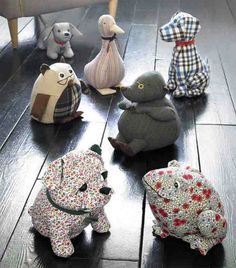 Tutorials to Make Cute Small Stuffed Animals 50 Examples – Sewing stuffed anim. Tutorials to Make Cute Small Stuffed Animals 50 Examples – Sewing stuffed animals Sewing stuffed Sewing Toys, Sewing Crafts, Sewing Projects, Sewing Tutorials, Sewing Stuffed Animals, Stuffed Animal Patterns, Fabric Toys, Fabric Crafts, Hobbies And Crafts