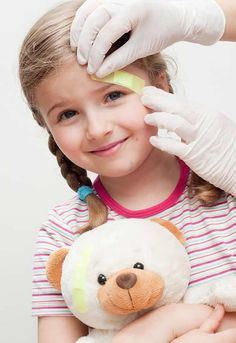 Understanding Some of The Most Basic First Aid Procedures For Children Health Guru, Health Trends, Health Class, Health Fitness, Womens Health Magazine, Healthy Women, Women Lifestyle, Women Health, Kids Health
