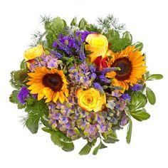 """Pflanzen-Kölle Blumenstrauß """"Sommerfest"""": Ein sommerlicher Blütentraum, der Urlaubsgefühle weckt - zauberhafte Sonnenblumen erstrahlen in einzigartiger Schönheit."""
