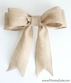 PERFECT Burlap Bow Tutorial I had no idea how to make bows before this. Super clear, step-by-step directions and pictures.Welcome to Ideas of Simply Sweet DIY Burlap Bow article. In this post, you'll enjoy a picture of Simply Sweet DIY Burlap Bow des Handmade Christmas Decorations, Easy Christmas Crafts, Christmas Bows, Burlap Decorations, Christmas Ideas, Monogram Wreath, Diy Wreath, Bow For Wreath, Door Wreaths