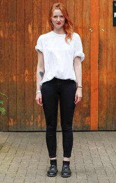 white t-shirt black pants street style