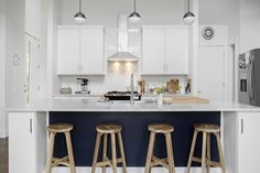 8 Simple and Creative Ideas: Kitchen Remodel Cost Diy kitchen remodel layout quartz countertops.Kitchen Remodel Peninsula kitchen remodel on a budget modern. Kitchen Tops, New Kitchen, Kitchen Cabinets, 1960s Kitchen, Long Kitchen, Narrow Kitchen, Cheap Kitchen, Updated Kitchen, Kitchen Reno