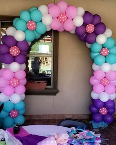 and powerful . it's possible👏🌼👏 - Balloon Decorations 🎈 - -Simple and powerful . it's possible👏🌼👏 - Balloon Decorations 🎈 - - Birthday Balloon Decorations, Balloon Crafts, Birthday Balloons, Baby Shower Decorations, Balloon Columns, Balloon Garland, Balloon Arch, Deco Ballon, Balloons Galore