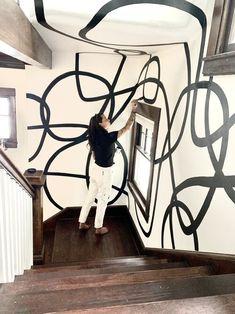 Mural Wall Art, Mural Painting, Painted Wall Murals, Bold Wallpaper, Wallpaper Backgrounds, Bedroom Murals, Black And White Painting, Painted Paper, Wall Design