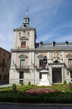 "1696.The Casa de la Villa (lterally ""Town Hall"") in Madrid (Spain) was the city hall until 2008. Building was designed in 1629 by Juan Gómez de Mora and built between 1644 and 1696. An alteration of north façade (Calle Mayor, street) between 1785 and 1789 was made by Juan de Villanueva. Extension between 1857 and 1859 by Juan José Sánchez Pescador."