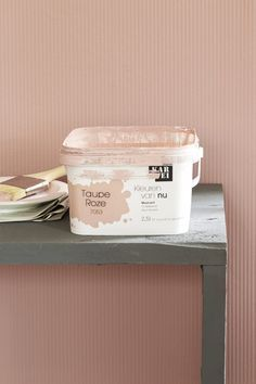 KARWEI | Deze taupe roze kleur is net wat zachter dan felroze. Mooi voor bijvoorbeeld een kinderkamer #verf #kleur #karwei Room Colors, Wall Colors, Casa Kids, Pink Walls, Fashion Room, Kidsroom, Girls Bedroom, Bedroom Decor, Home Deco