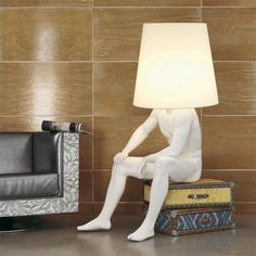 hahaaa.  I would love something like this in my bedroom. Funny!! MAN LAMP BY BIZZOTTO