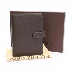 Louis Vuitton Agenda MM Taiga Other Brown Leather R20432