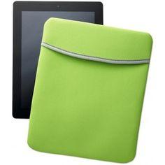 Tablet-Sleeve aus EVA. Maße: 27 x 21 cm.