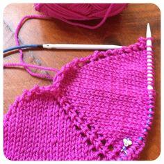 Knitting WIP a pink shawl! #knitting #wip #eweewe