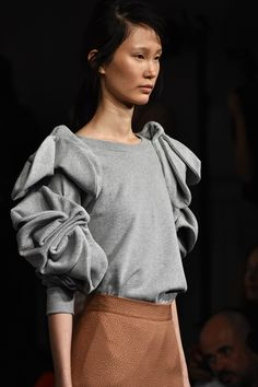 Edeline Lee SS18 at London Fashion Week, the beauty of creative details