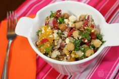 Goji Berry Chickpea Salad: finally a recipe for my Goji Berries! Healthy Food Options, Healthy Salads, Healthy Eating, Healthy Recipes, Summer Salad Recipes, Summer Salads, Dried Goji Berries, Dried Cranberries, Great Recipes