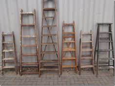 Would be great to have one or two ladders like this Old Wood Ladder, Wooden Ladders, Vintage Props, Ladder Decor, Industrial, Oklahoma, Folk Art, Projects, Masks